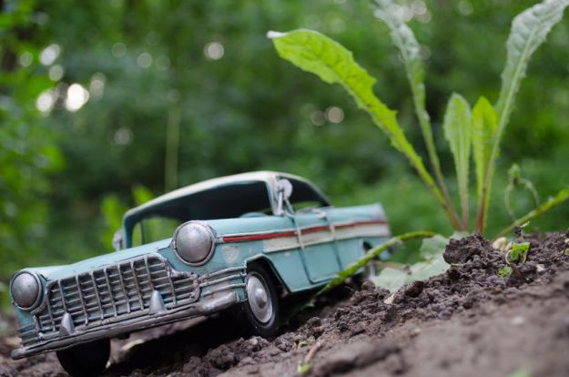 Guide to Buying Vintage Dinky Diecast Cars