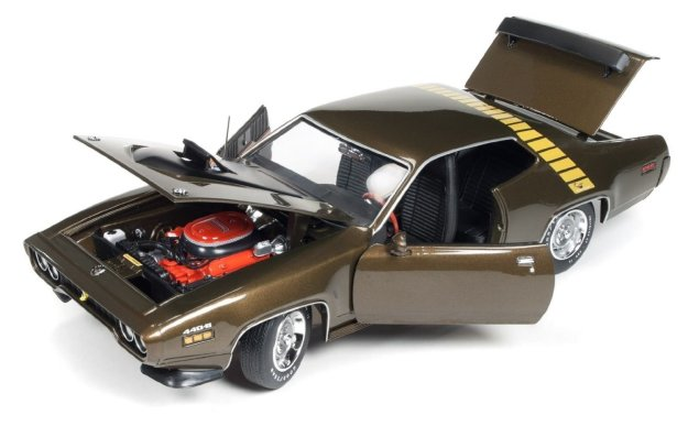 Auto World 1:18 American Muscle 1971 Plymouth Road Runner Diecast Car Model