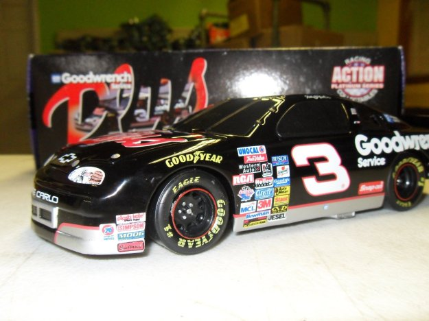 Dale Earnhardt GM Goodwrench Plus Diecast Stock Car Limited Run