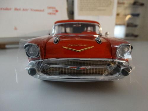 Danbury Mint Jernigan II 1957 Chevy Nomad Station Wagon 1:24 Die Cast Model Car