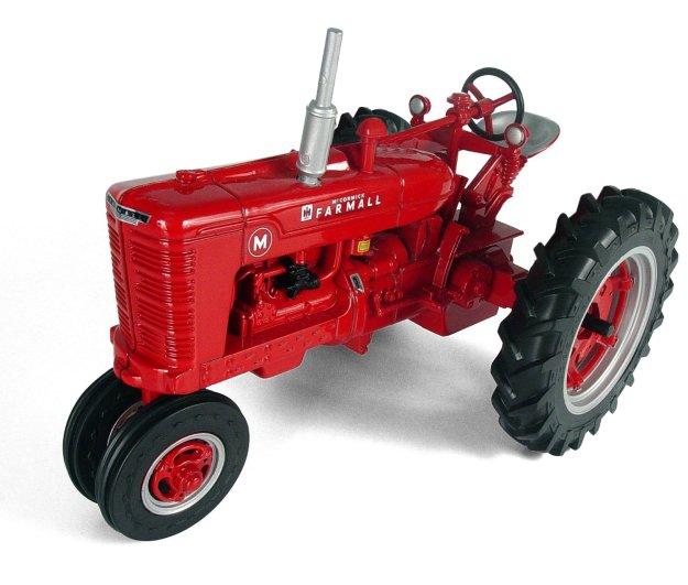 Ertl Farmall M Tractor 1:16 Scale Diecast