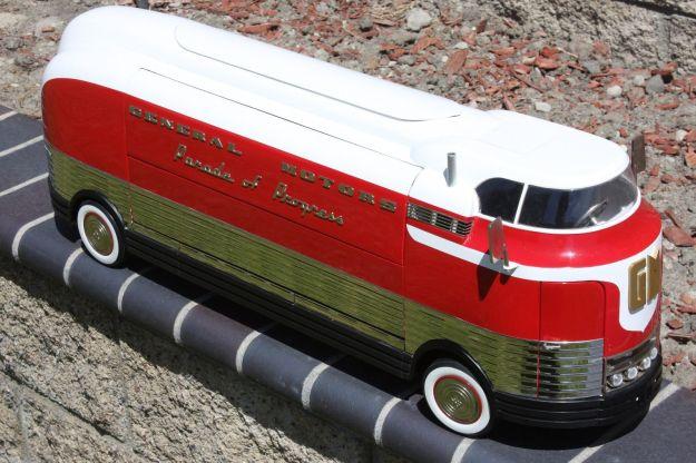 RETRO 1 2 3 1940 GM Futurliner Diecast