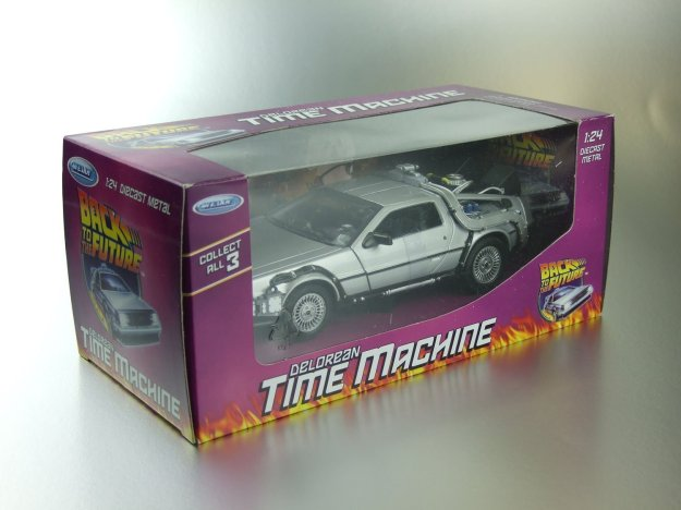 Welly 1/24 Scale Diecast Metal Delorean Time Machine Back to the Future Part I