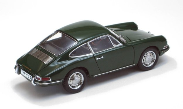 1964 Porsche 901 Coupé Irish Green Limited Edition 1:18th Scale Diecast by CMC-Classic Model Cars