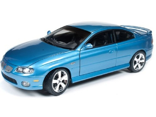 "2004 Pontiac GTO Blue ""Car & Driver""  1/18  by Autoworld"