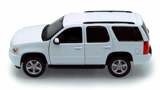 2009 Chevy Tahoe SUV 1/24 scale Diecast Car by Welly