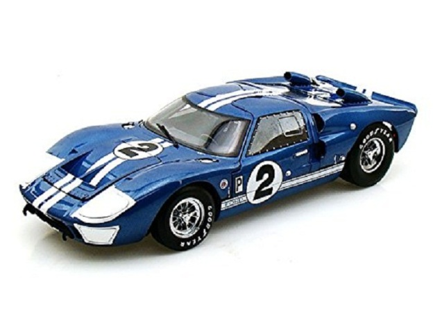 Ford GT40 Mark II 12 Hours of Sebring Diecast Car by Collectable Diecast