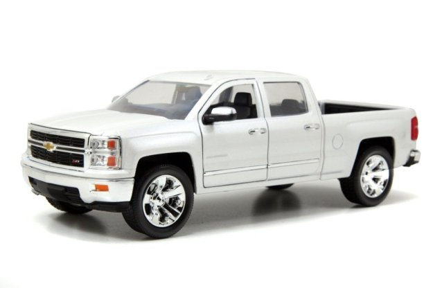 Jada 2014 Chevy Silverado Just Truck Series 1:24 Scale Diecast Cars