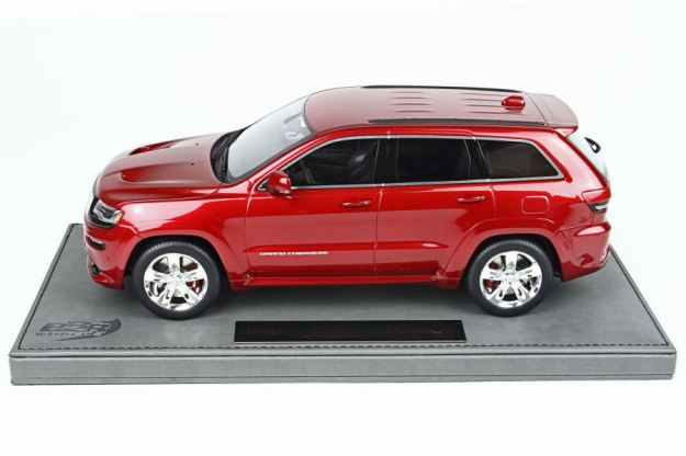 Jeep Grand Cherokee SRT8 1:18 Scale by BBR