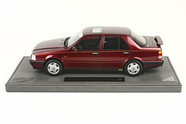 Lancia Thema 8.32 I° Series 1:18 Scale Model by BBR