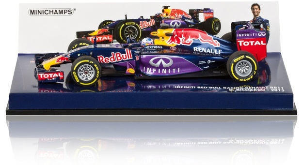 Red Bull Racing RB11 Daniel Ricciardo 2015 Model 1:43 Scale Diecast Car