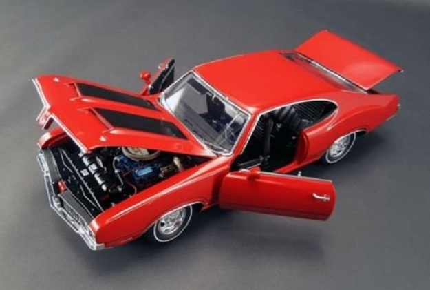 1970 Oldsmobile 442 Dr Olds Diecast Car by ACME