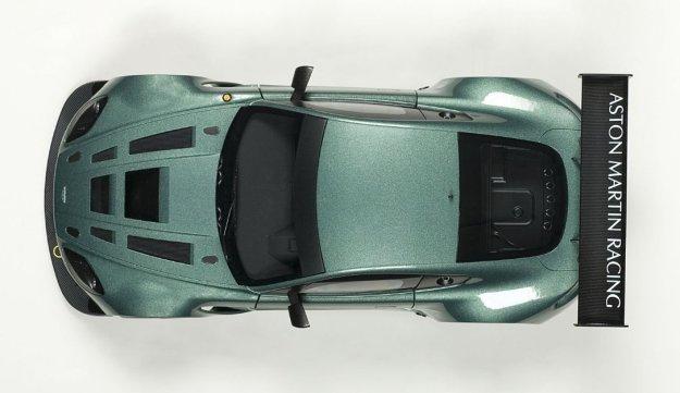 2013 Aston Martin Vantage V12 GT3 Composite Model Car by AUTOart